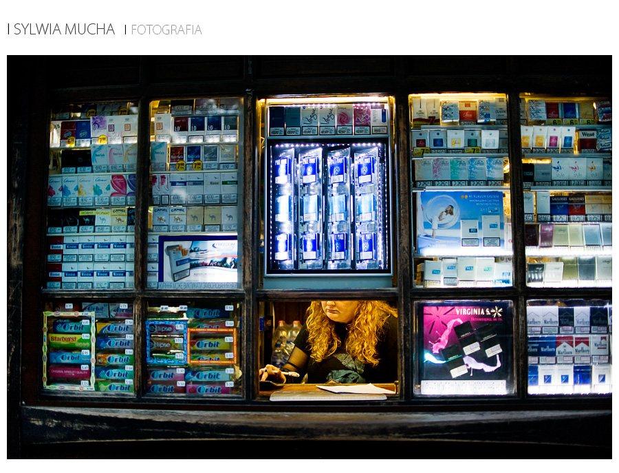 Ukraina Lwów kiosk